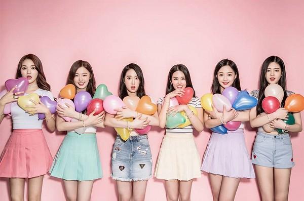 Tags: K-Pop, P.O.P, Yeonha, Miso (P.O.P), Yeonjoo (P.O.P), Jung Haeri, Seol, Kang Ahyoung, Denim Shorts, Bracelet, Balloons, Green Skirt