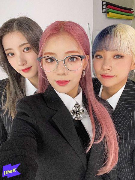 Tags: K-Pop, PURPLE K!SS, Na Goeun, Yuki, Dosie