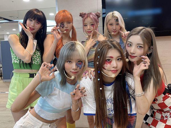 Tags: K-Pop, PURPLE K!SS, Na Goeun, Park Jieun, Swan, Yuki, Dosie, Chaein, Ireh