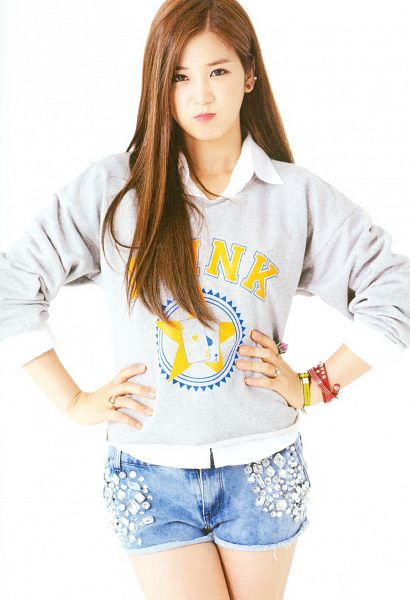 Tags: K-Pop, Apink, Park Cho-rong, White Background, Light Background, Snow Pink