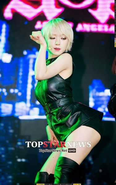 Tags: K-Pop, AOA (Ace Of Angels), Like A Cat, Park Choa, Sexy Pose, Black Outfit, Black Footwear, Black Dress, Black Shorts, Shorts, Suggestive, Android/iPhone Wallpaper