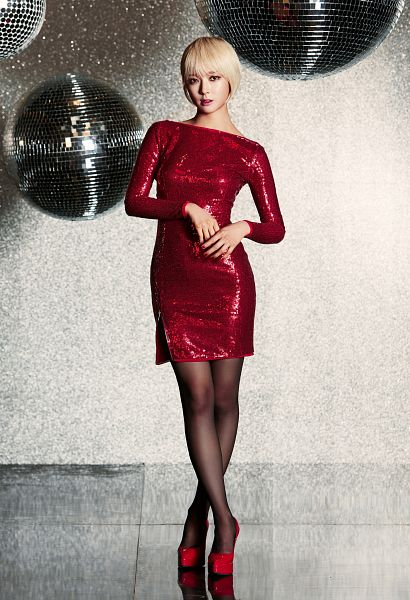 Tags: K-Pop, AOA (Ace Of Angels), Miniskirt (Song), Park Choa, Red Dress, Ball, Shoes, Red Footwear, Disco Ball, Android/iPhone Wallpaper