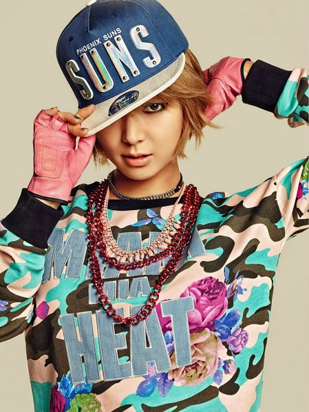 Tags: K-Pop, AOA (Ace Of Angels), Park Choa, Gloves, Fingerless Gloves, Covering Eyes, Brown Background, Hand In Hair, Necklace, Blue Headwear, NBA, Android/iPhone Wallpaper