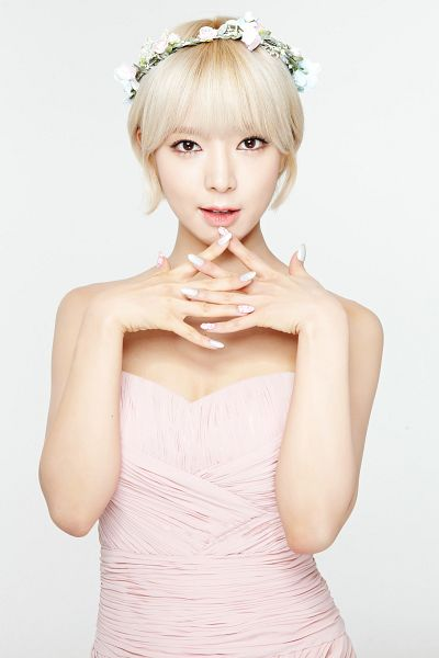 Tags: K-Pop, AOA (Ace Of Angels), Park Choa, Flower, Make Up, Hair Ornament, Nail Polish, Crown, Clasped Hands, Pink Outfit, Pink Dress, Bare Shoulders
