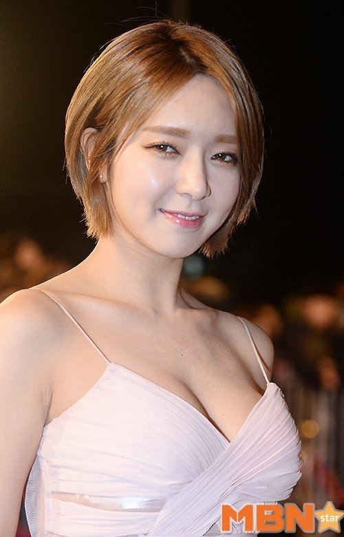 Tags: K-Pop, AOA (Ace Of Angels), Park Choa, Cleavage, Suggestive