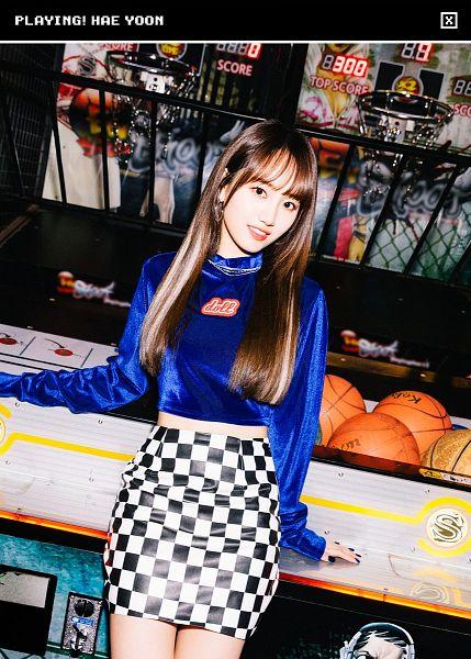 Tags: K-Pop, Cherry Bullet, Park Haeyoon