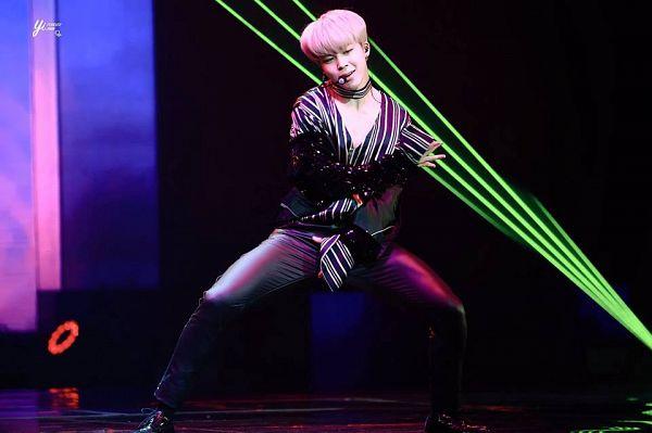 Tags: K-Pop, BTS, Park Jimin, Dancing, Choker, Earbuds, Singing, Striped Shirt, Wide Sleeves, Striped, Black Pants, Stage