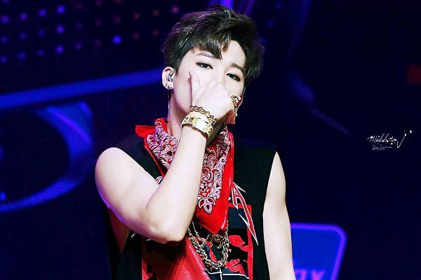 Tags: K-Pop, BTS, Park Jimin, Red Neckwear, Make Up, Tank Top, Bare Shoulders, Black Eyes, Headdress, Covering Mouth, Sleeveless, Bandana