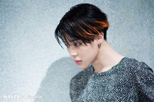 Tags: K-Pop, Bangtan Boys, Fake Love, Park Jimin, Looking Ahead, Multi-colored Hair, Blue Eyes, Highlights, Wall, Shadow, Close Up, Contact Lenses
