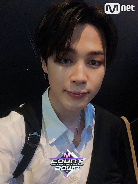 Tags: Television Show, K-Pop, BTS, Park Jimin, Close Up, Necklace, Collar (Clothes), Twitter, M!Countdown, Selca