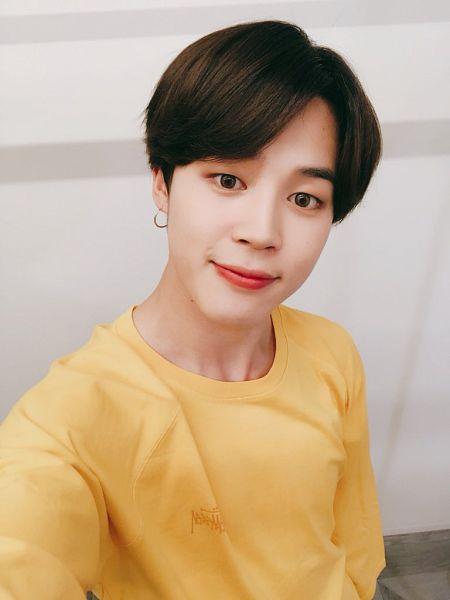 Tags: K-Pop, Bangtan Boys, Park Jimin, Close Up, Indoors, Sweater, Earrings, Yellow Outerwear, Closed Mouth, Twitter, Selca