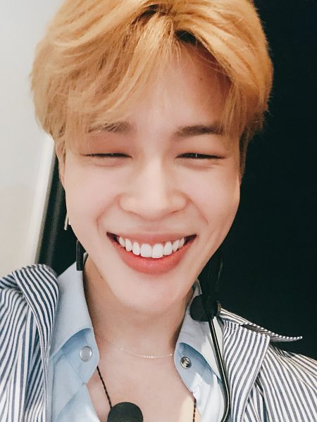Tags: K-Pop, BTS, Park Jimin, Collar (Clothes), Grin, Necklace, Striped, Close Up, Blonde Hair, Twitter, Selca
