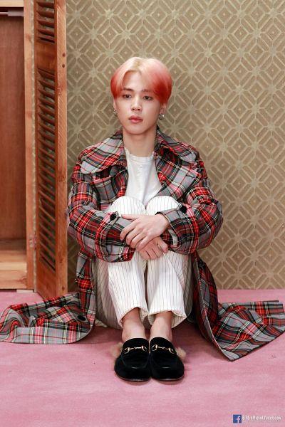 Tags: K-Pop, BTS, Park Jimin, English Text, Text: Artist Name, White Pants, Shoes, Plaided Print, Leg Hug, Hug, Serious, Text: URL