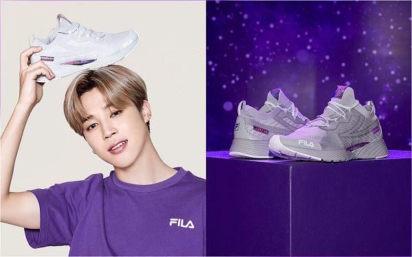 Tags: K-Pop, BTS, Park Jimin, Shoes, Sky, Sneakers, Silver Footwear, Short Sleeves, Holding Object, Purple Shirt, Black Eyes, Stars (Sky)