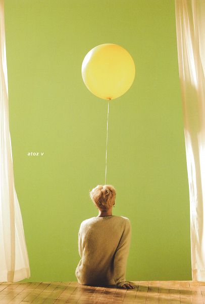 Tags: K-Pop, BTS, Serendipity, Park Jimin, Wavy Hair, Sitting On Ground, Balloons, Indoors, Back, Green Background, Curtain, Sweater