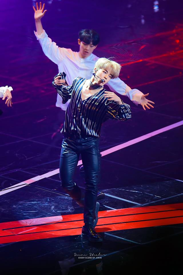 Tags: K-Pop, BTS, Park Jimin, Singing, Striped Shirt, Wide Sleeves, Striped, Black Pants, Stage, Dancing, Choker, Earbuds