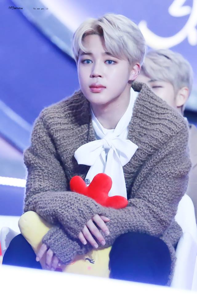 Tags: K-Pop, BTS, Park Jimin, Contact Lenses, Sweater, Stuffed Animal, Bow, Stuffed Toy, White Bow, White Neckwear, Brown Shirt