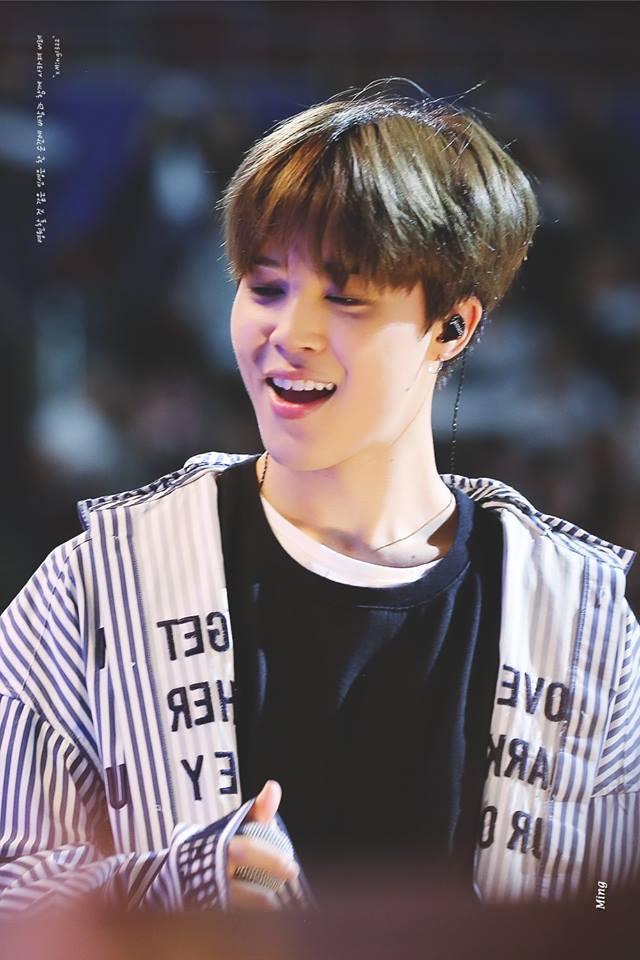 Tags: K-Pop, BTS, Park Jimin, Earbuds, Stage, Striped Shirt, Striped