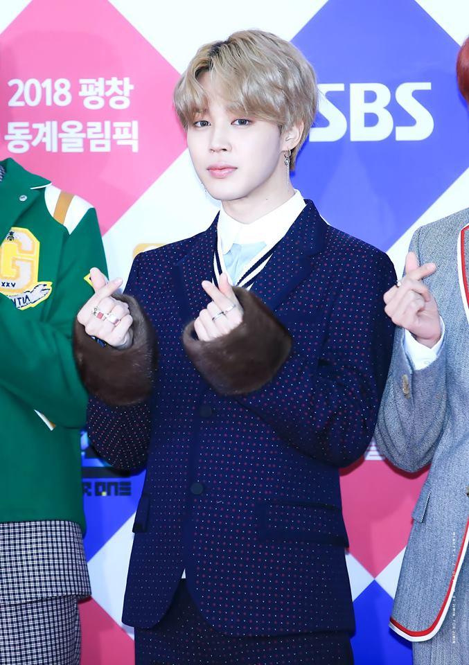 Tags: K-Pop, BTS, Park Jimin, Fur, Fur Trim, Black Outerwear, Black Jacket, Red Carpet, Wavy Hair