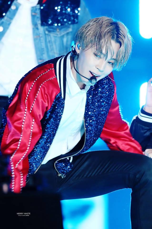 Tags: K-Pop, BTS, Park Jimin, Earbuds, Multi-colored Jacket, Wet, Stage, Wet Hair
