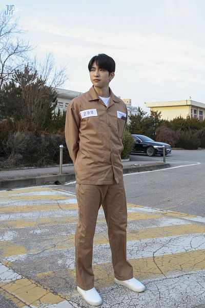Tags: K-Drama, K-Pop, Got7, Park Jinyoung (Junior), Car, Brown Pants, Uniform, Outdoors, Brown Shirt, Road, Arms Behind Back, When My Love Blooms