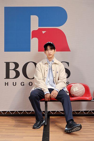 Tags: K-Pop, Got7, Park Jinyoung (Junior), Black Pants, Hat, Basketball Ball, Ball, Blue Shirt, Serious