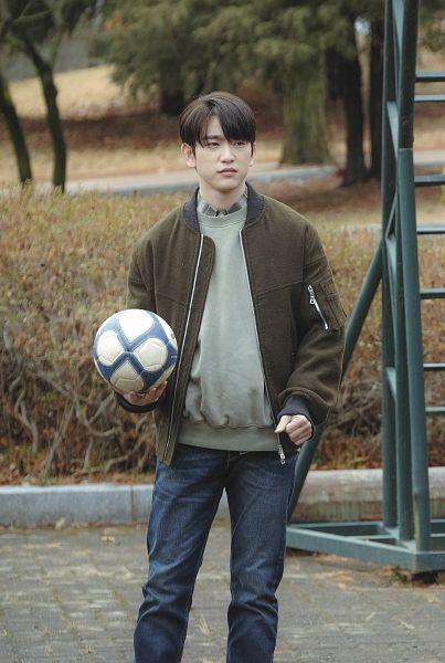 Tags: K-Drama, K-Pop, Got7, Park Jinyoung (Junior), Brown Outerwear, Ball, Jeans, Serious, When My Love Blooms