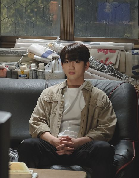 Tags: K-Drama, K-Pop, Got7, Park Jinyoung (Junior), Black Pants, Night, Couch, Serious, Interlocked Fingers, Holding Hands, Sitting On Couch, When My Love Blooms