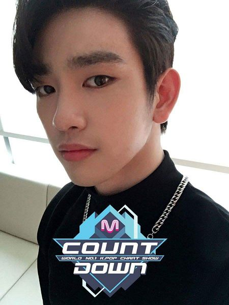 Tags: K-Pop, Television Show, Got7, Park Jinyoung (Junior), Necklace, Closed Mouth, JYP Entertainment, Selca, Twitter, Backstage, M!Countdown