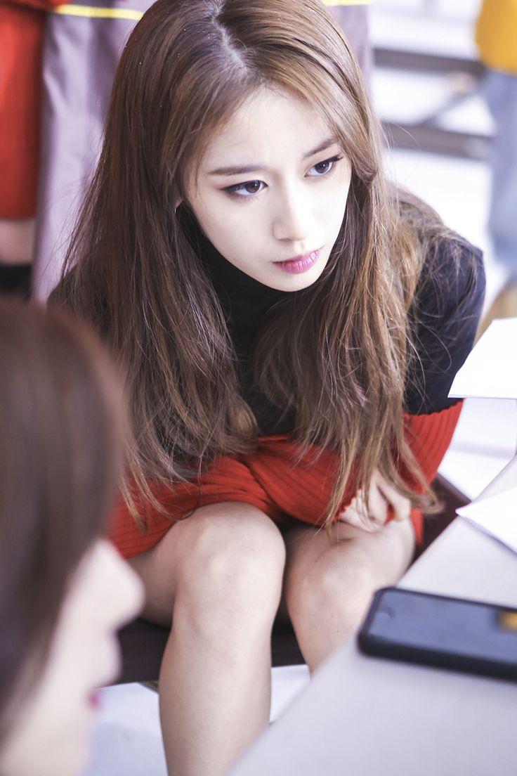 Tara dating kpop