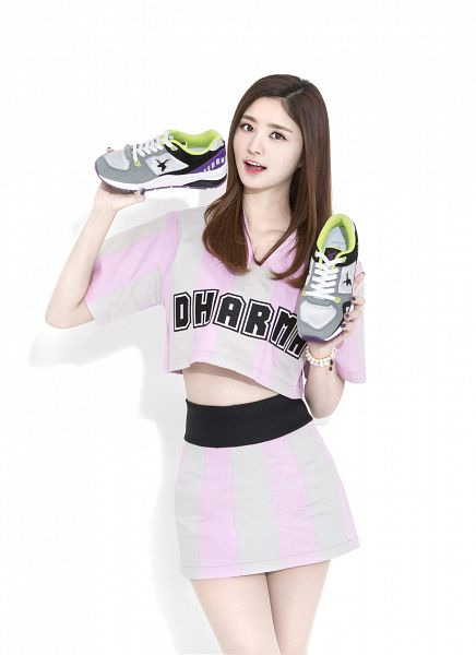 Tags: K-Pop, EXID, Park Junghwa, Skirt, Pink Skirt, English Text, Light Background, Bare Legs, White Background, Striped, Striped Shirt, Bracelet