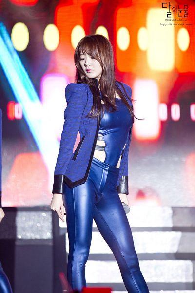Tags: Happyface Entertainment, K-Pop, Dal Shabet, Park Subin, Blue Jacket, Midriff, Blue Outerwear, Blue Pants, Looking Down, Leather Pants, Blue Shirt, Eyes Half Closed