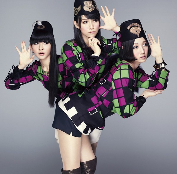 Tags: J-Pop, Perfume (Group), A-chan, Kashiyuka, Nocchi, Checkered Jacket, Skirt, Black Skirt, Three Girls, Bend Over, White Skirt, Black Headwear