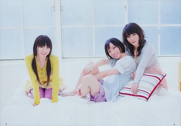 Tags: J-Pop, Perfume (Group), Kashiyuka, Nocchi, A-chan, Wavy Hair, Yellow Shirt, On Bed, Laughing, Shorts, Pink Skirt, Full Group
