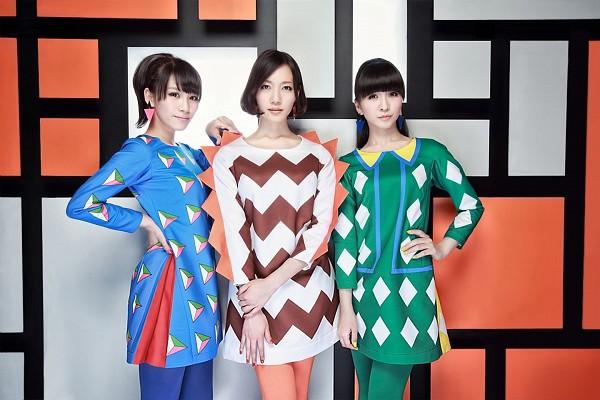 Tags: J-Pop, Perfume (Group), Nocchi, A-chan, Kashiyuka, Striped, Trio, Green Dress, Three Girls, White Dress, Striped Dress, White Outfit