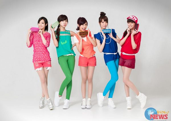 Tags: C-Pop, Popu Lady, Chen Tingxuan, Bao Er, Dayuan, Hongshi, Liu Yushan, Full Group, Ponytail, Pink Shirt, Hat, Green Pants