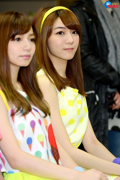 Tags: C-Pop, Popu Lady, Bao Er, Chen Tingxuan, Spotted, Spotted Dress, Two Girls, Duo, Android/iPhone Wallpaper
