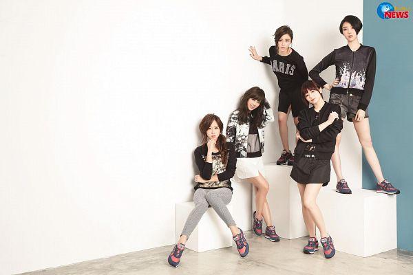 Tags: C-Pop, Popu Lady, Dayuan, Hongshi, Liu Yushan, Chen Tingxuan, Bao Er, Quintet, Group, Full Group, Five Girls, Magazine Scan