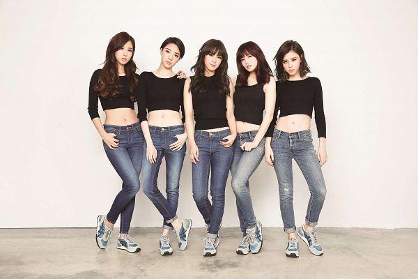 Tags: C-Pop, Popu Lady, Dayuan, Hongshi, Liu Yushan, Chen Tingxuan, Bao Er, Full Group, Five Girls, Quintet, Group, Milk Magazine