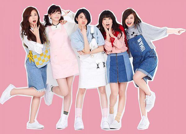 Tags: C-Pop, Popu Lady, Bao Er, Dayuan, Hongshi, Liu Yushan, Chen Tingxuan, Skirt, Red Lips, V Gesture, Full Group, Five Girls
