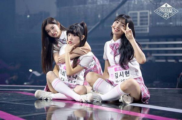Tags: Television Show, K-Pop, Everglow, IZ*ONE, Kim Sihyeon, Choi Yena, Wang Yiren, Produce 48, Mnet
