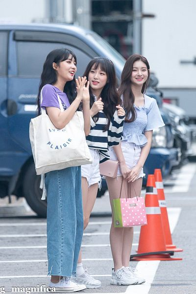 Tags: K-Pop, Television Show, Everglow, IZ*ONE, Wang Yiren, Kim Sihyeon, Choi Yena, Mnet, Produce 48