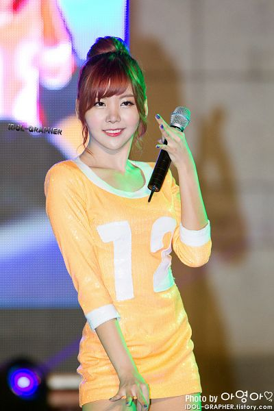 Tags: K-Pop, Orange Caramel, After School, Raina, Live Performance