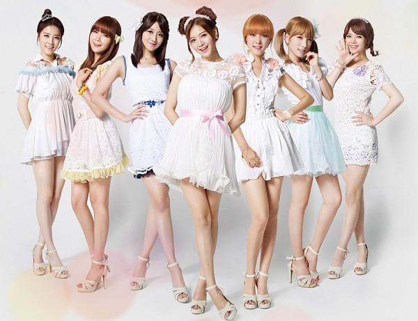 Tags: K-Pop, Rainbow, Kim Jaekyung, Kim Jisook, Cho Hyunyoung, Oh Seungah, Noeul, Jung Yoonhye, Go Na Eun