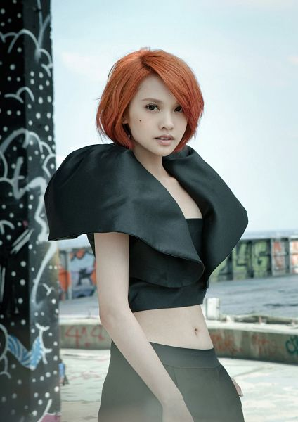 Tags: C-Pop, Rainie Yang, Red Hair, Android/iPhone Wallpaper