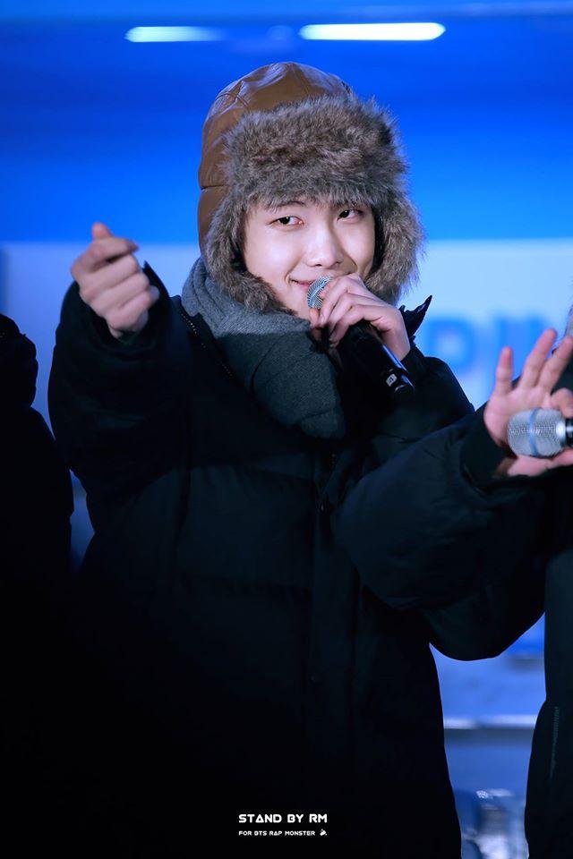 Tags: K-Pop, BTS, Rap Monster, Brown Headwear, Coat, Hat, Gray Neckwear, Scarf, Fur, Fur Trim