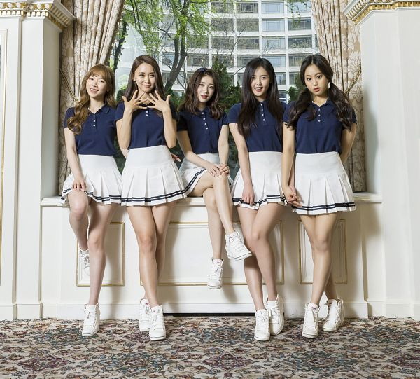 Tags: K-Pop, Real Girls Project, Kim Sori, Lee Jeewon, Heo Youngjoo, Chun Jane, Teramoto Yukika, Group, Plant, Blue Shirt, Twin Tails, White Skirt
