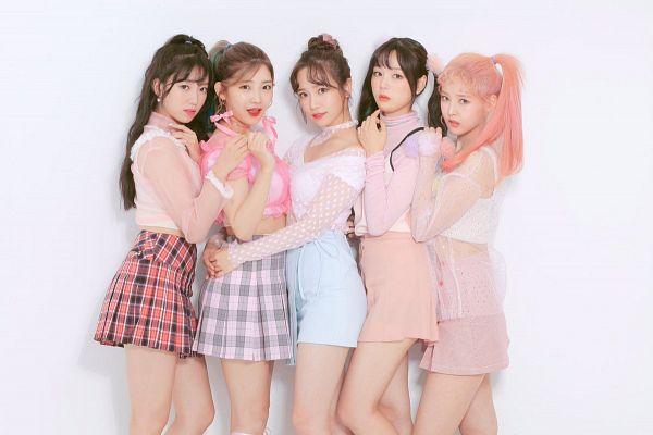 Tags: K-Pop, Real Girls Project, Teramoto Yukika, Kim Sori, Lee Jeewon, Lee Yeeun, Lee Suji, Skirt, Quintet, Group, Holding Close, Hair Buns