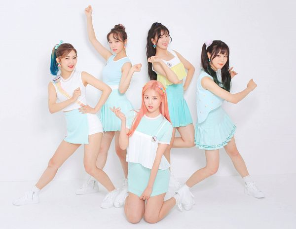Tags: K-Pop, Real Girls Project, Teramoto Yukika, Kim Sori, Lee Jeewon, Lee Suji, Lee Yeeun, Multi-colored Hair, Single Bun, Quintet, Group, Five Girls