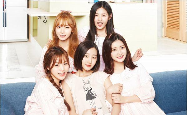 Tags: K-Drama, K-Pop, Real Girls Project, Lee Yeeun, Kim Sori, Cha Jiseul, Lee Jeewon, Teramoto Yukika, Group, Sitting On Couch, Couch, Bent Knees
